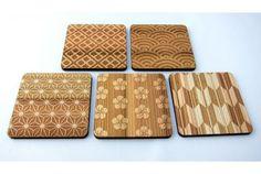 こちらの和のパターンが美しいコースターは杉材を使った「東北杉の和柄コースター」。表面に施されたレーザー彫刻での和柄と、杉の木目が...