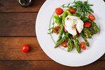 8 skvělých receptů z natvrdo uvařených vajec