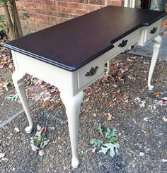 Hello, it's Susan from Robin's Nest Renewal_. Here is a desk I finished. I used GF's Linen Milk Paint and Java Gel Stain with High Performance Semi-Gloss topcoat. I'm so glad I found General Finishes!