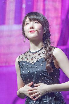 Gfriend-Yerin 180430 Kpop Girl Groups, Korean Girl Groups, Kpop Girls, Sinb Gfriend, Cloud Dancer, The Girlfriends, G Friend, Korean Celebrities, Ulzzang Girl
