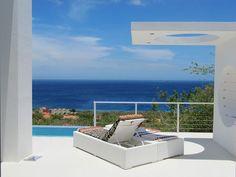 Modern Holiday Ocean Villa in Curacao Island Overlooking the Caribbean