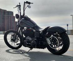Custom Harley-Davidson Dyna Street Bob. http://messianic-dance-camps.info/extrem-harley-street-bob-custom-zw22.htm