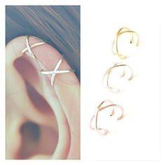 Set de 2 Ear Cuffs Ear Cuff No Piercing Earcuff Double Ear Cuff y Criss Cross Ear Cuff Cartílago Simple Ear Cuff Fake Cartilage Earring Accessoirs Ear Jewelry, Cute Jewelry, Jewelery, Jewelry Accessories, Jewelry Design, Jewelry Bracelets, Skull Jewelry, Hippie Jewelry, Fake Piercing