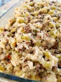 A delicious casserole recipe with rice, ground beef and sausage … Jailhouse Rice! A delicious casserole recipe with rice, ground beef and sausage perfect for feeding a crowd. Sausage And Rice Casserole, Easy Casserole Recipes, Casserole Dishes, Sausage Rice, Chicken Casserole, Cowboy Casserole, Hamburger Rice Casserole, Rice Stuffing, Casseroles With Rice