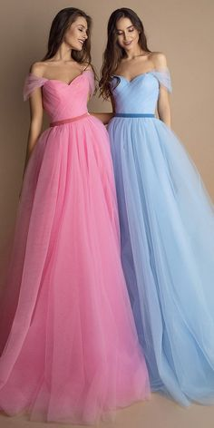 Alluring Tulle & Satin Sweetheart Neckline Floor-length A-line Evening Dresses W. Alluring Tulle & Satin Sweetheart Neckline Floor-length A-line Evening Dresses With Handmade Flowers Sexy Wedding Dresses, Perfect Wedding Dress, Strapless Dress Formal, Bridesmaid Dresses, Prom Dresses, Formal Dresses, A Line Evening Dress, Evening Dresses, Tulle Gown