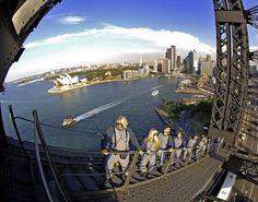 Eine Wucht, diese Bucht: Sydneys Circular Quay mit Oper und die magnetische Wirkung der Harbour Bridge. | Foto: Stephan Brünjes