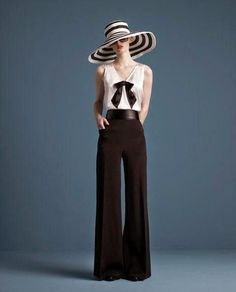 Simple Style: Trend Watch Palazzo Pants. The 70's are back with these revamped Palazzo Pants! Should we DIY this one?