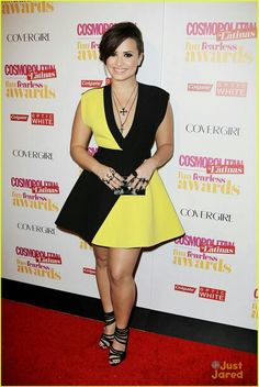 Demi at the Cosmo for Latinas fun fearless awards 04-Junio-2014.