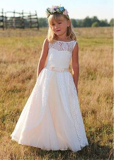 Wonderful Lace Bateau Neckline A-line Flower Girl Dresses With Belt & Bowknot