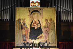 """В Тоскану в феврале - Ареццо... Церковь Сан-Микеле (13 в.). В церкви хранится прекрасная работа Нери ди Биччи """"Мадонна с Младенцем и святыми"""" (1466 г.)"""
