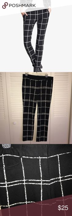 Black and white window pane dress pant Express dress pants size 6 regular. Gently worn. Stretchy. Express Pants Boot Cut & Flare