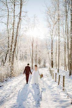 Boho, Inspiration, Wedding Dresses, Outdoor, Wedding Table Decorations, Wedding Photography, Newlyweds, Getting Married, Garten