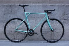 Svala Cycles prototype x Arregui Velásquez