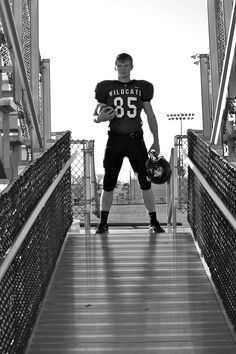 football pictures Take the average sport senior portrait to the next level. Judy Maughan , this would be great under that bleacher spot, as long as the lights were visible. Football Senior Pictures, Football Poses, Male Senior Pictures, Sports Pictures, Football Players, Sport Football, Softball Pics, Volleyball Pictures, Cheer Pictures