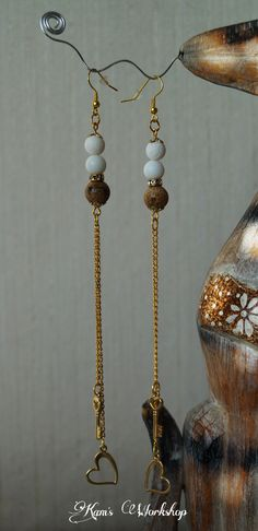 Long earings with golden chainlet, Jasper and crystals.