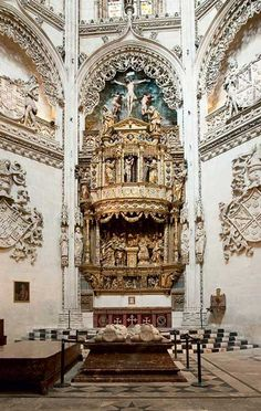 The century gothic Burgos Cathedral with the tomb of El Cid is among the most admired of its kind worldwide. Spanish Architecture, Baroque Architecture, Church Architecture, Spain Places To Visit, Places To Go, Fc Liverpool, Catholic Churches, Cathedral Church, Place Of Worship