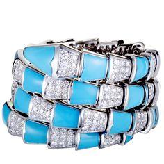 Bvlgari+Serpenti+18K+White+Gold+Diamond+Pave+and+Turquoise+Spiral+Bangle+Bracelet Bulgari Jewelry, Rose Jewelry, Diamond Bracelets, Bangle Bracelets, Bangles, Bvlgari Serpenti, Best Diamond, Bracelet Designs, White Gold Diamonds