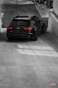 Audi RS6 Avant quattro  I MIGHT BE TEMPTED...560BHP  0-62 IN 3.9SECONDS FOR A 2 TON CAR... BOSH