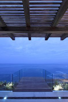 Nestled on a cliff overlooking the ocean in the prime real estate locale of Jalisco, Mexico, Casa ALMARE is an Elías Rizo Arquitectos-designed #contemporary #resort #home with awe-inducing views of those coveted Puerto Vallarta beaches.