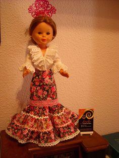 Doll Clothes, Flower Girl Dresses, Costumes, Dolls, Folklore, Wedding Dresses, Virginia, Passion, Vintage