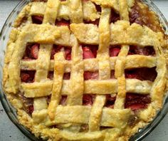 Southern Road Trip Recipe: Strawberry Rhubarb Pie _ Adapted from Southern Living Off the Eaten Path.