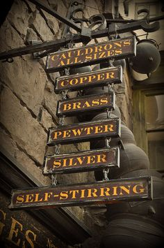 Cauldrons All Sizes by mich/ Flickr #HP -I'll take self-stirring please!