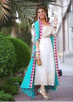 Abaya Fashion, Muslim Fashion, India Fashion, Kimono Fashion, Fashion Dresses, Dresses For Teens, Girls Dresses, Maxi Dresses, Lit Outfits