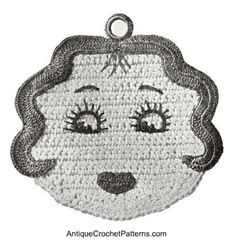 Miss America Potholder - free pattern for crocheting a potholder that looks like a lady - 'Miss America'.