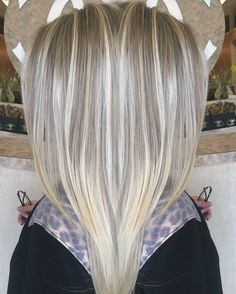 Icy white pale blonde platinum blonde sombre highlights long hair summer blonde bright blonde hair color done by IG hairbynickyz