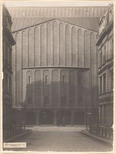 HANS POELZIG GROSSES SCHAUSPIELHAUS IN BERLIN / GREAT THEATER IN BERLIN, 1920: