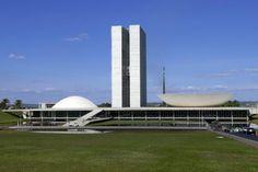 Tchela - Brasília - Sua história e seus encantos - Congresso Nacional 2 - Google Imagens http://marcelatchela.com.br/index.php/2017/04/21/brasilia-sua-historia-e-seus-encantos/