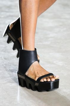 Spring 2015 Ready-to-Wear - Rick Owens