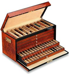 100 Pen Case Trunk with Solid Lid in Exotic Burl Wood
