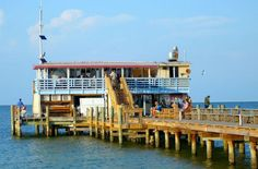 1000 images about fantastic restaurants near home on for Anna maria island fishing pier