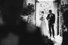 Mark Wallis Wedding Photography. Reportage Wedding Photography at Asylum, London.