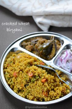 Cracked wheat is a wheat product made from whole raw kernels which are crushed or cut into small pieces, which are rich in fiber and other nutrition. It is nothing but Samba Godhumai . Bulgur Recipes, Millet Recipes, Porridge Recipes, Healthy Indian Recipes, Vegetarian Recipes, Cooking Recipes, Vegetarian Lunch, Upma Recipe, Biryani Recipe