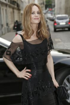 Vanessa Paradis is totally over Johnny Depp & his engagement to Amber Heard