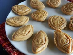 Easy Bengali Sweet Sondesh/Sandesh Or Cottage Cheese Fudge With Date Palm Jaggery