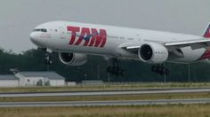 TAM Boeing 777-300ER landing @ FRA - 24/8/2012