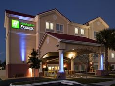 Venice (FL) Holiday Inn Express Venice United States, North America Holiday Inn Express Venice is perfectly located for both business and leisure guests in Venice (FL). The hotel has everything you need for a comfortable stay. To be found at the hotel are free Wi-Fi in all rooms, 24-hour front desk, facilities for disabled guests, meeting facilities, business center. Designed for comfort, selected guestrooms offer whirlpool bathtub, non smoking rooms, air conditioning, heating...