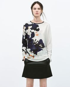 Image 1 of FLORAL PRINTED T-SHIRT from Zara