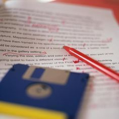 How to Become a Paid Freelance Editor & Proofreader