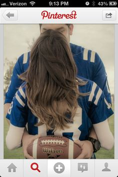 We could both wear our jerseys and take a pic like this