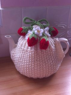 Strawberries and flowers tea cosy