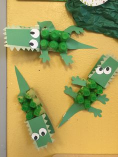 Egg carton allogator K Crafts, Easy Paper Crafts, Fun Crafts For Kids, Toddler Crafts, Arts And Crafts, Alligator Crafts, Zoo Activities, Egg Carton Crafts, Kids Playing