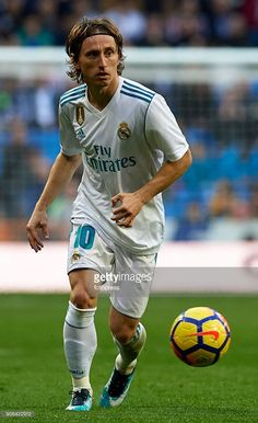 News Photo : Luka Modric of Real Madrid in action during the...