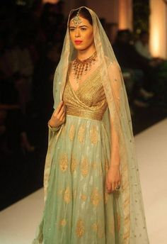 India Bridal Fashion Week 2013: Meera Muzaffar Ali sea green suit and dupatta