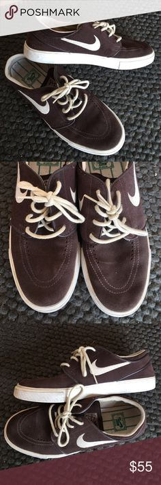 New Nike Janowski's Very good condition! Only worn a couple times! Perfect sneakers for doing anything! Nike Shoes Sneakers