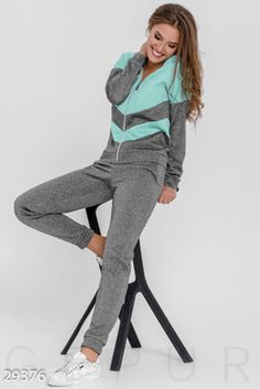 Swag Outfits For Girls, Pretty Outfits, Sport Outfits, Girl Outfits, Casual Outfits, Track Suit Men, Gym Style, Running Jacket, Pajamas Women