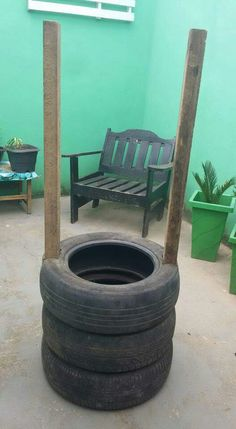 Outdoor Crafts, Outdoor Decor, Tire Craft, Tire Garden, Gardening Apron, Garden Lanterns, Tyres Recycle, Old Tires, Fairy Garden Houses